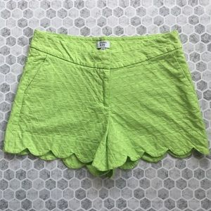 Crown&Ivy shorts size 4